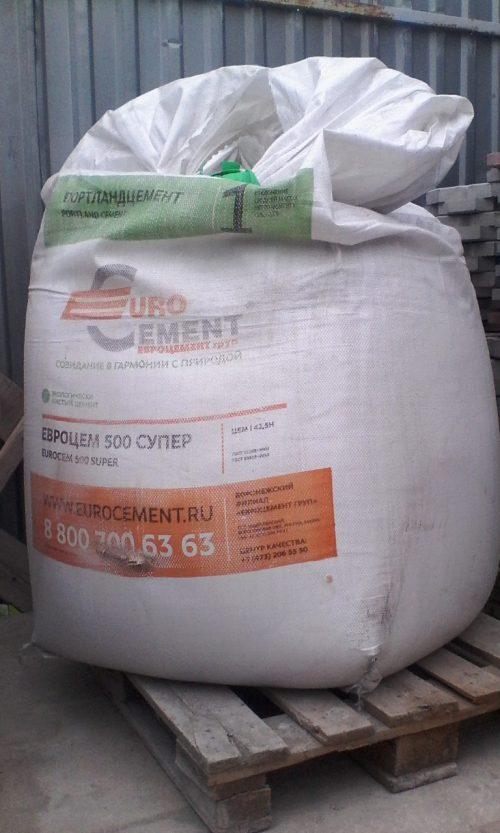 Мешок цемента весом 1 тонна